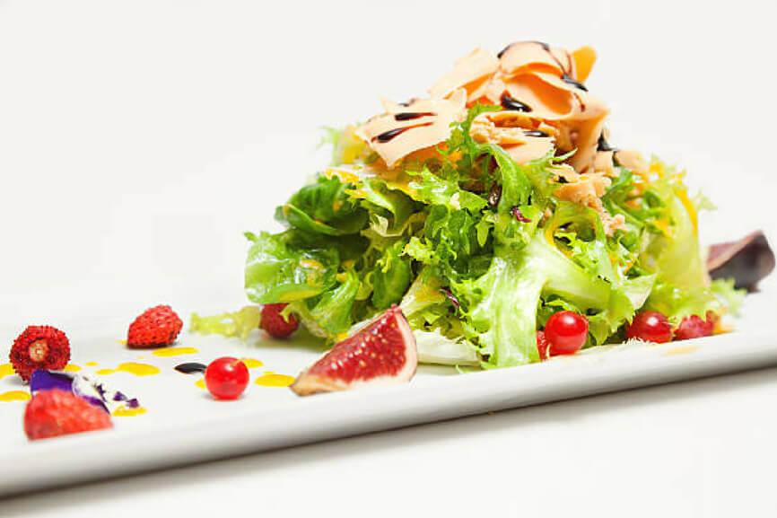 Receeta El Huertico Ensalada de Escarola, Foie y Frutos rojos a la naranja