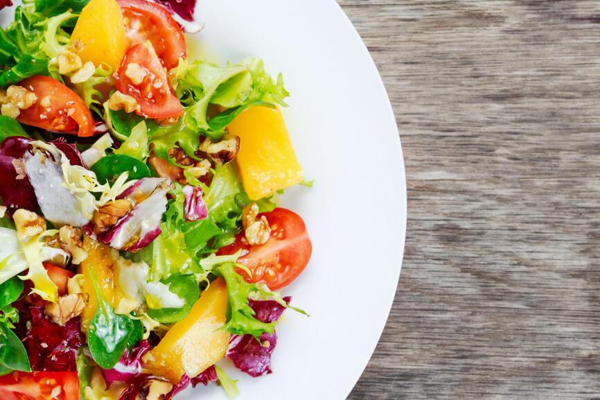 Receta El Huertico Ensalada Gourmet de mango, tomate y nueces