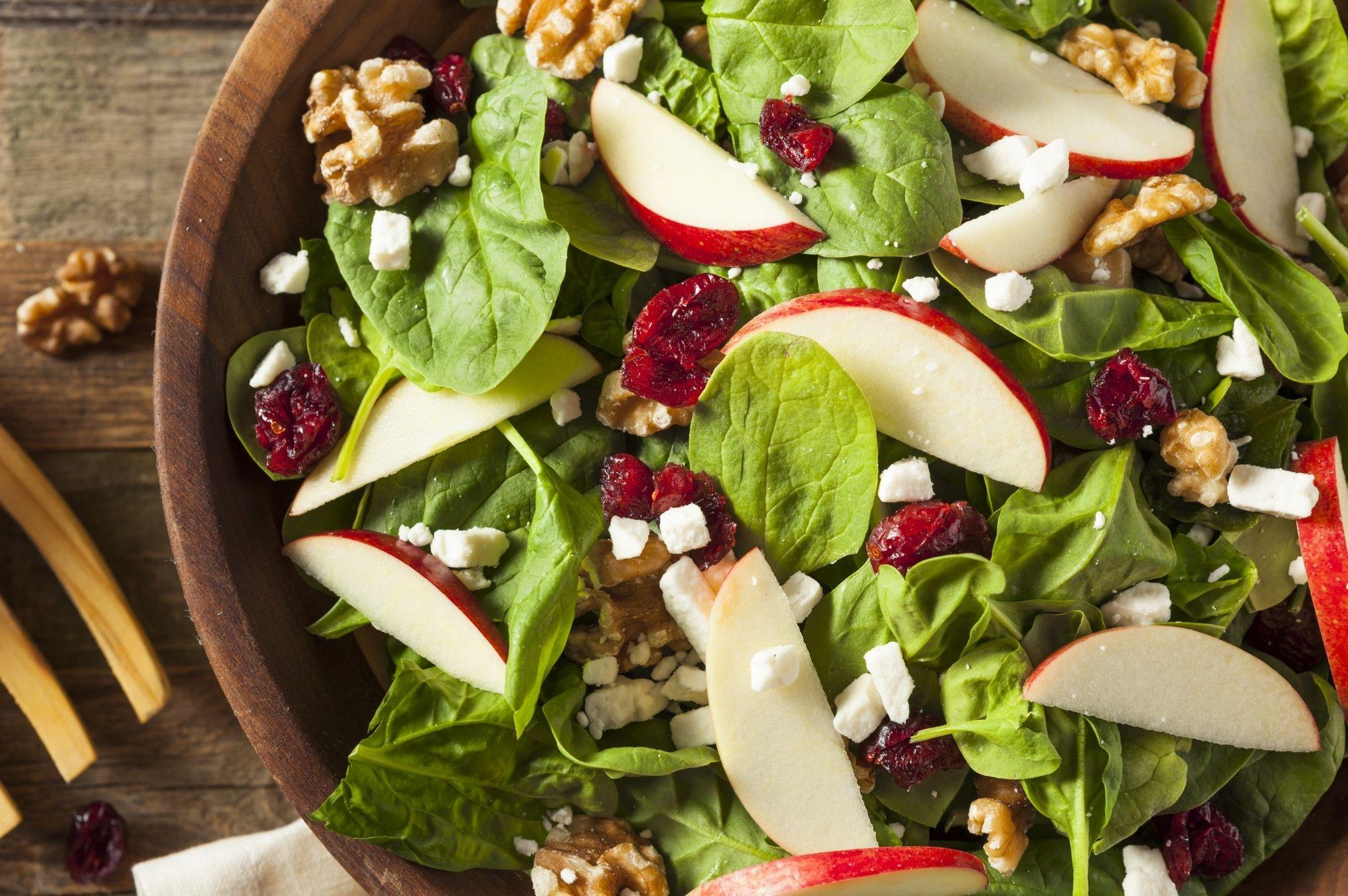 Receta El Huertico Ensalada de espinaca, manzana y queso de cabra